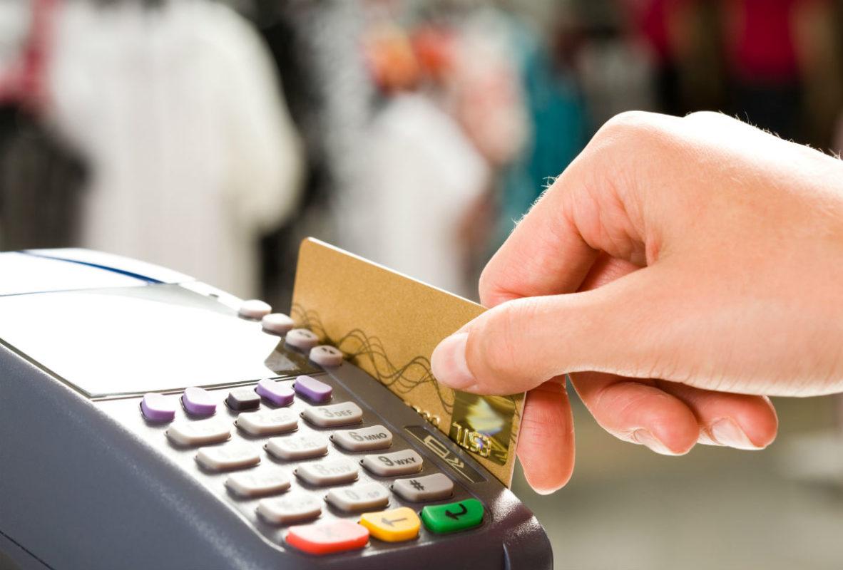 Terminal con tarjeta de crédito